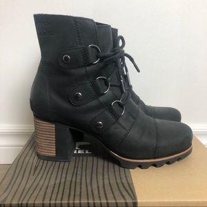Sorel Addington Lace up Boot Chunky Block Heel 8